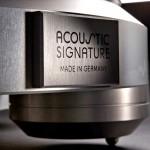 Acoustic_Signature_Thunder_closeup_foot