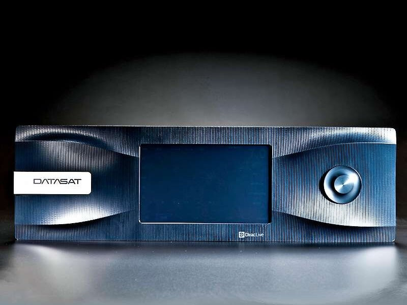 Datasat-RS20-surround-sound-processor-front